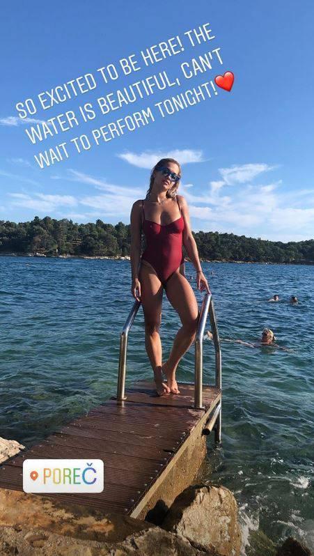 Rita oduševila fotkom u badiću: 'Najljepše i najprirodnije tijelo'