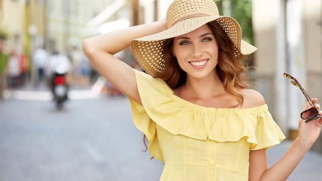 Zašto neke žene izgledaju 10 godina mlađe nego što jesu? Genetika nije glavni razlog