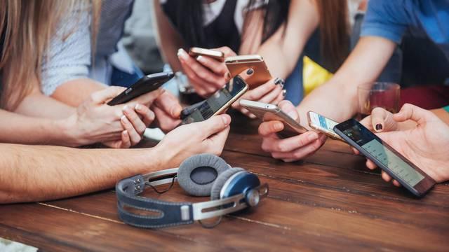 Znaš li koliko stvarno trošiš na mobitelu?