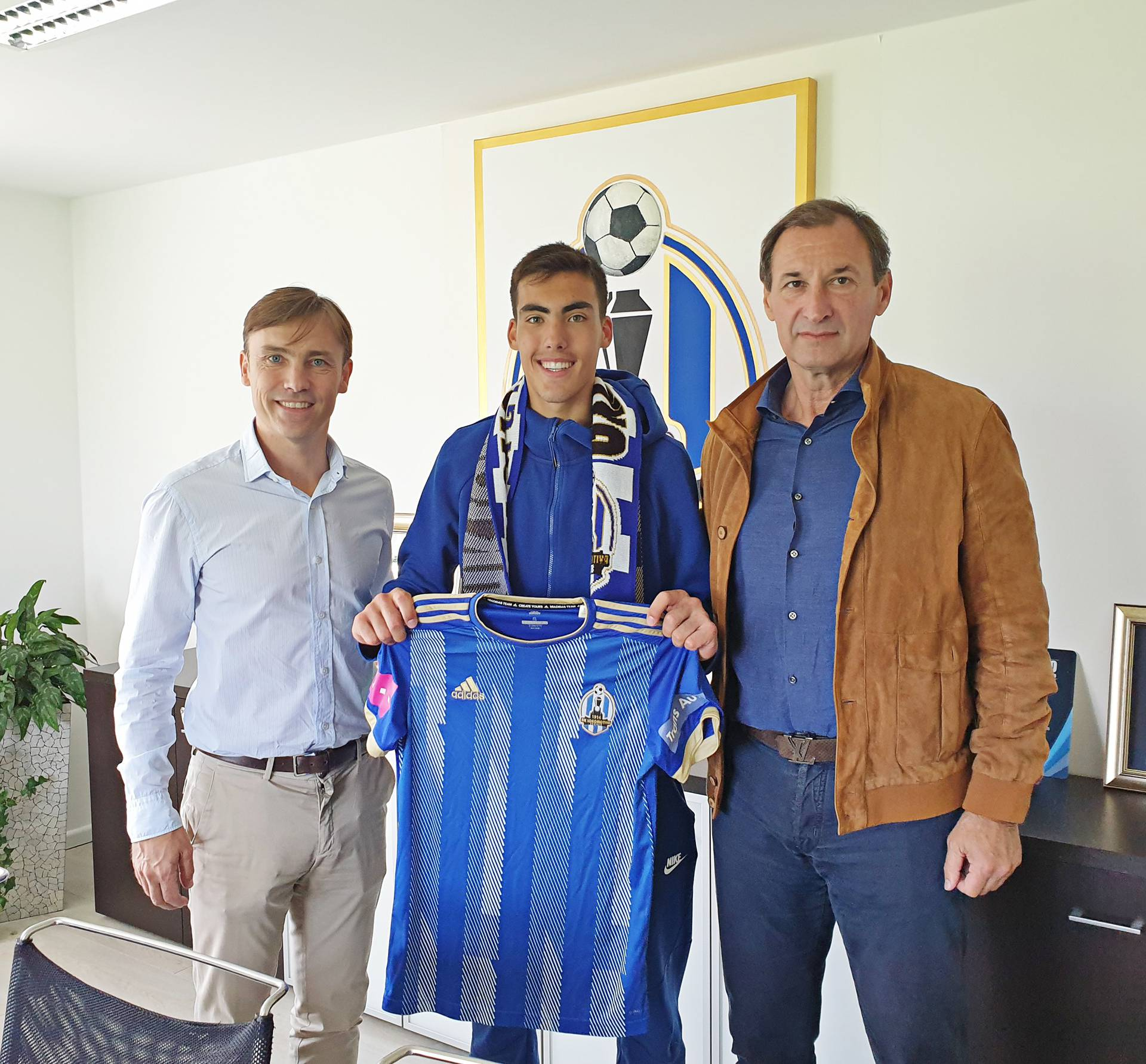 Tata je ponosan: Roko Šimić (16) produžio s Lokomotivom