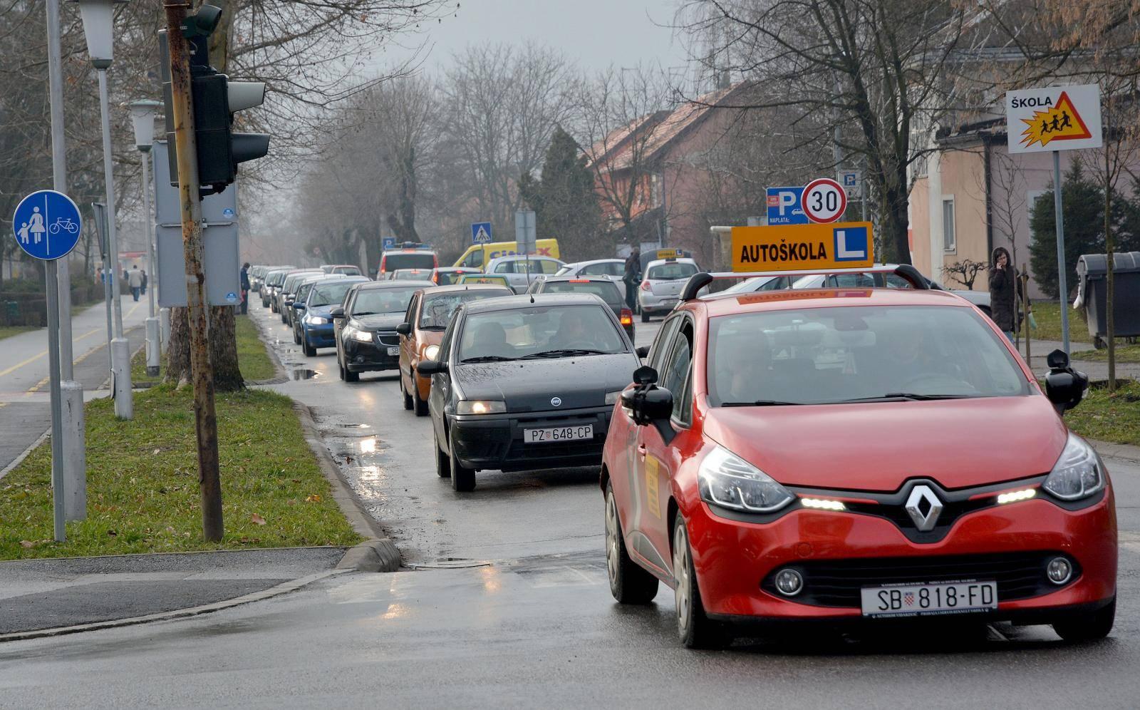 Više nema papirnatih uvjerenja o položenom vozačkom ispitu