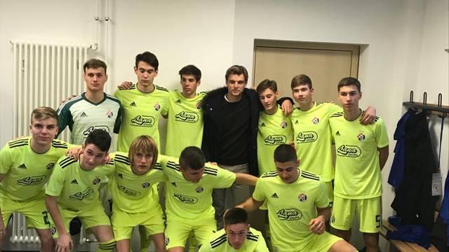 Borna Sosa pored Stuttgarta navijao za mlade nade Dinama
