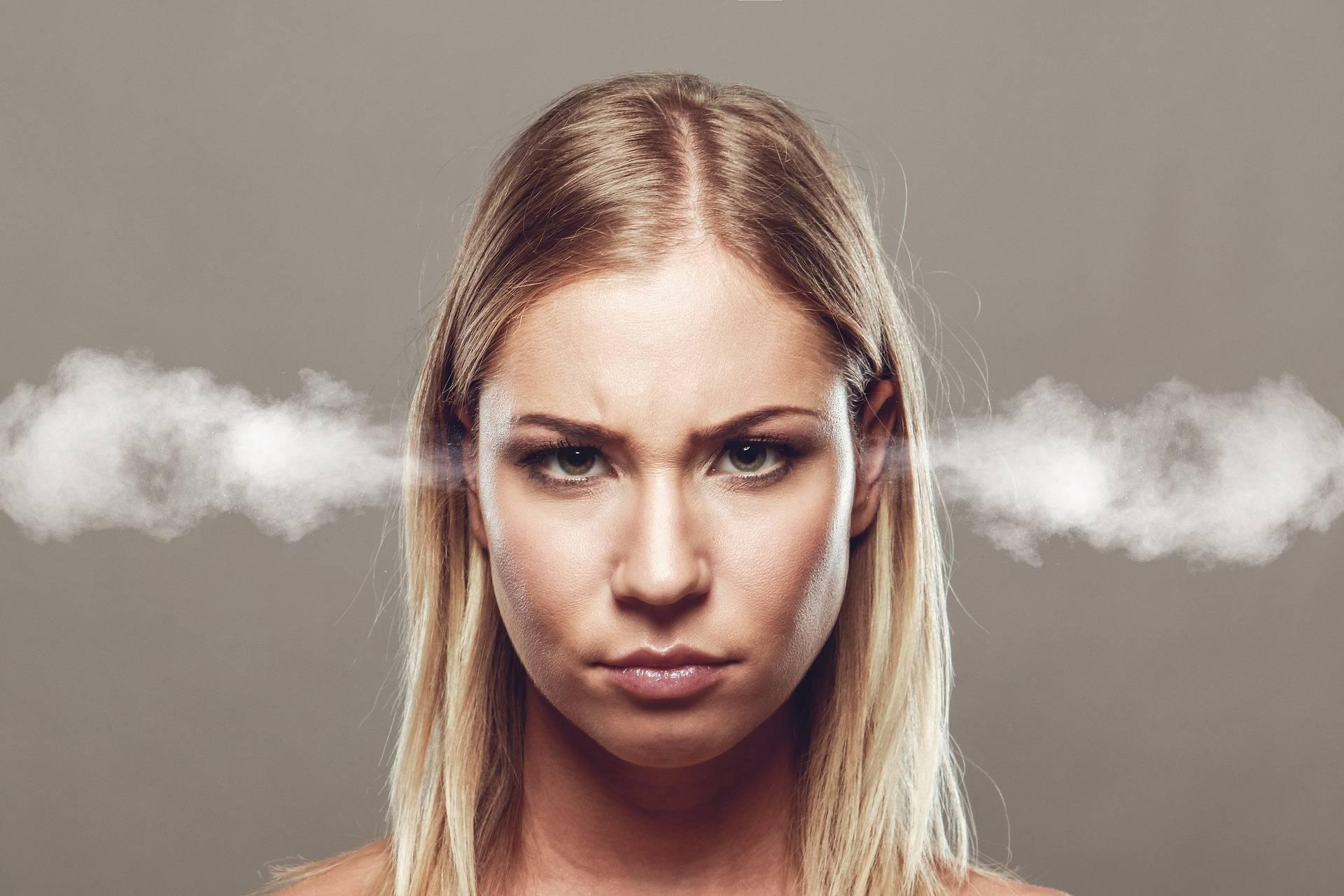 Kad riječi bole: Evo zašto se ne treba javljati bivšim ljubavima