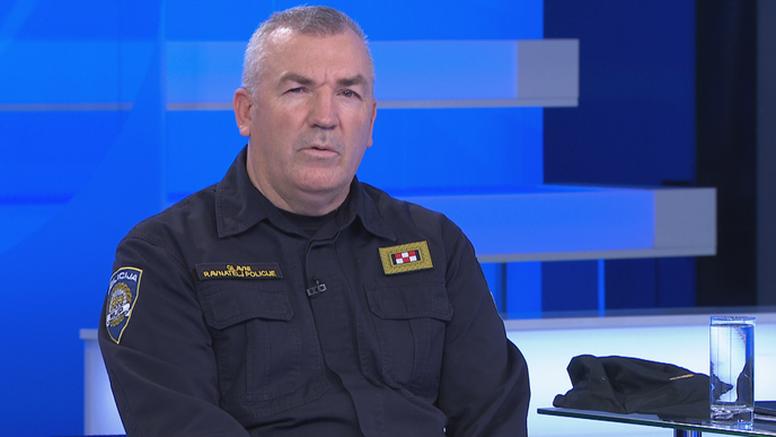 'Policajci su odbili napad. Postoji velika vjerojatnost da je počinitelj htio ući u Vladu'