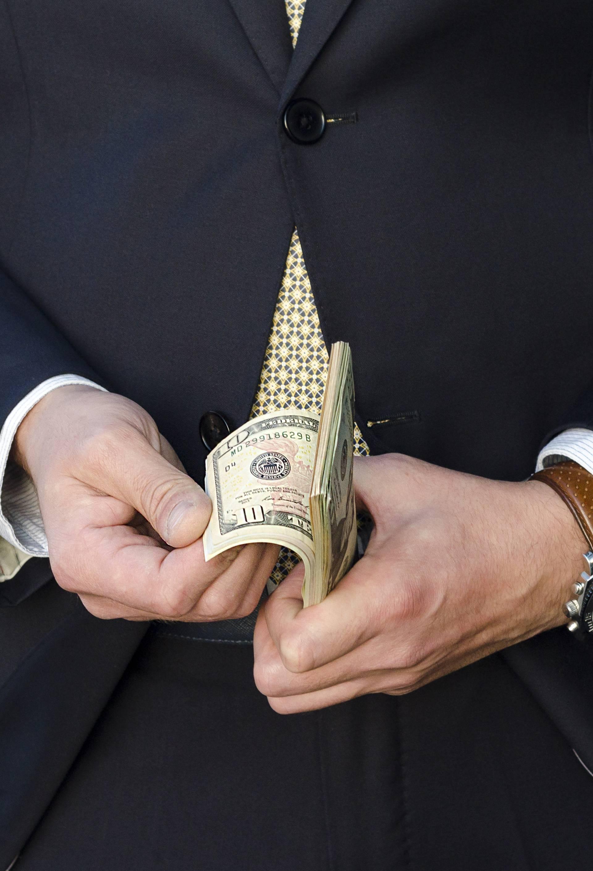 13 stvari na koje bogataši neće trošiti svoj novac, nemojte ni vi