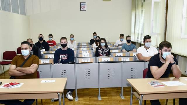 Sisak: Svečani prijem novih studenata na Metalurškom fakultetu