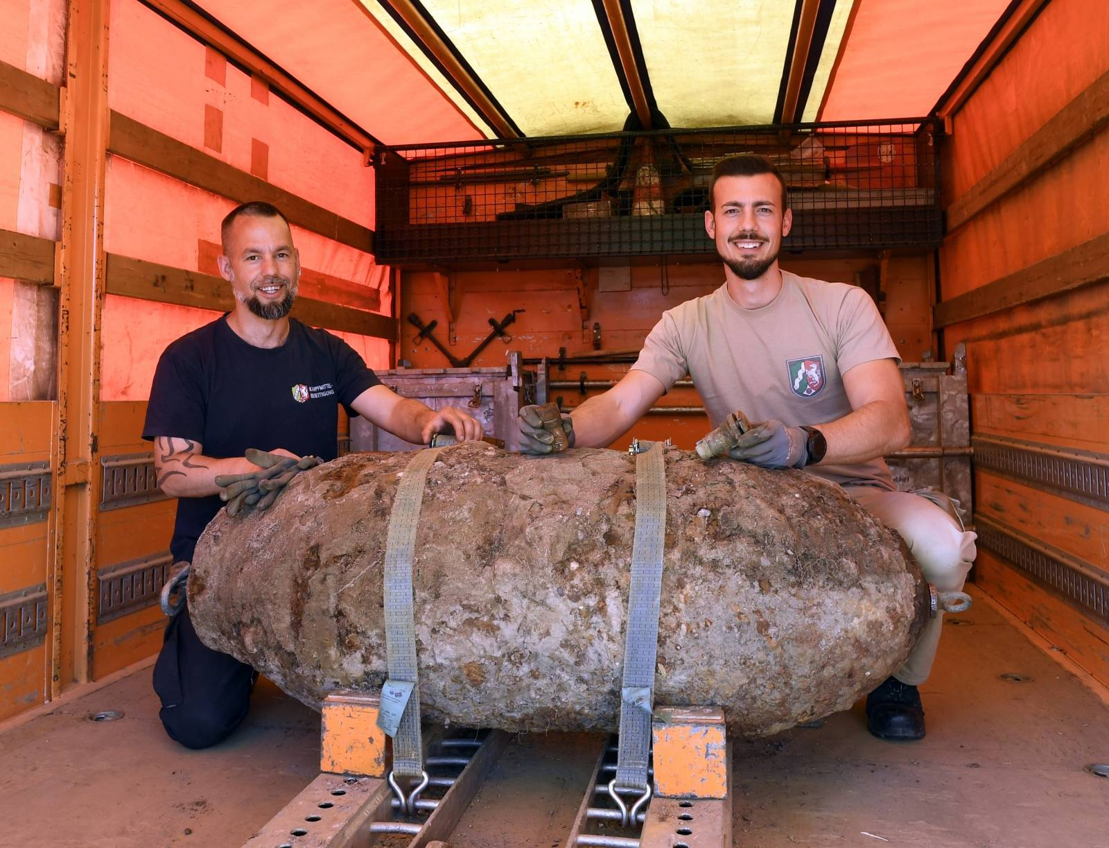 World War II bomb defused on the banks of the Rhine in Cologne