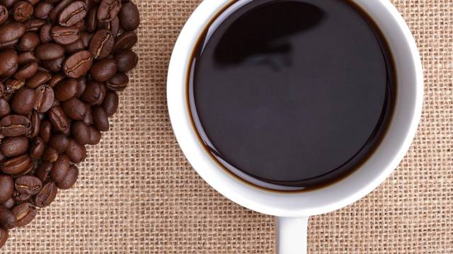 Kava pozitivno utječe na rad, ali  ipak će zakinuti kreativnost