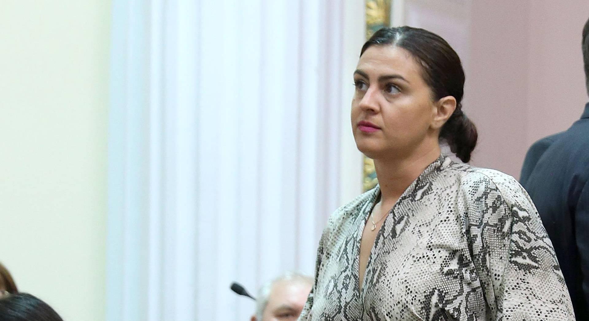 Zagreb: Odabir modne kombinacije Ivane Ninčević Lesardić za današnju sjednicu
