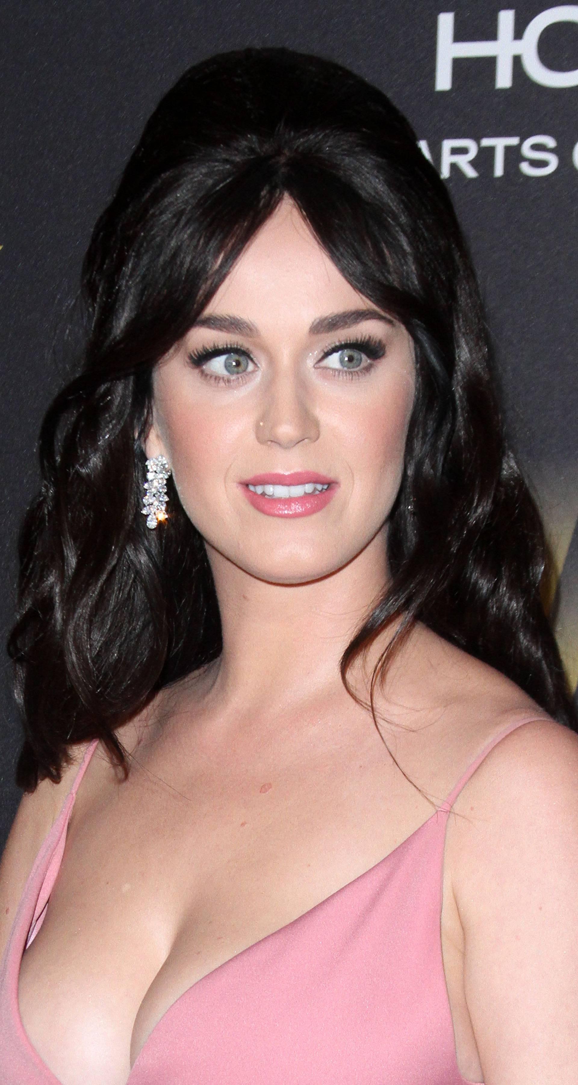 Katy Perry: Moj psihijatar mi pomaže da ostanem normalna