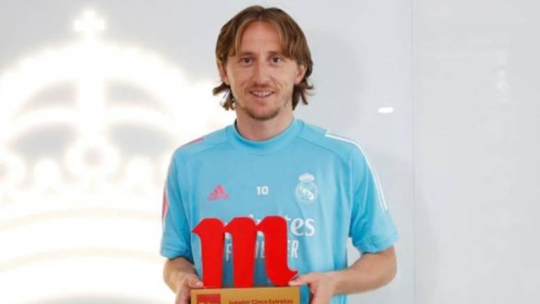 Kakvo priznanje: Luka Modrić je najbolji igrač Reala ove sezone! 'Bila mi je čast igrati za Zizoua'