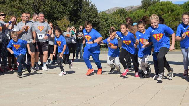 Dan borbe protiv artritisa: Ne bježi, nego se poveži!