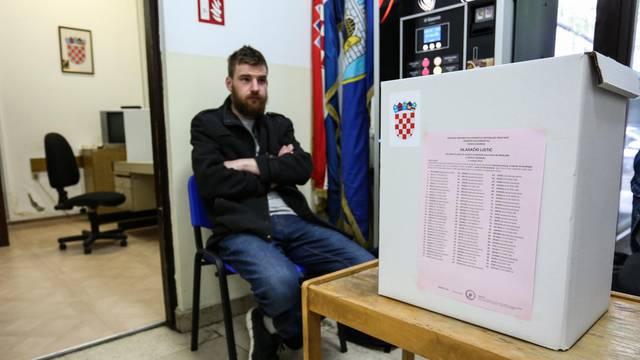 Izbori bez nepravilnosti: Prvi rezultati stižu nakon 20 sati