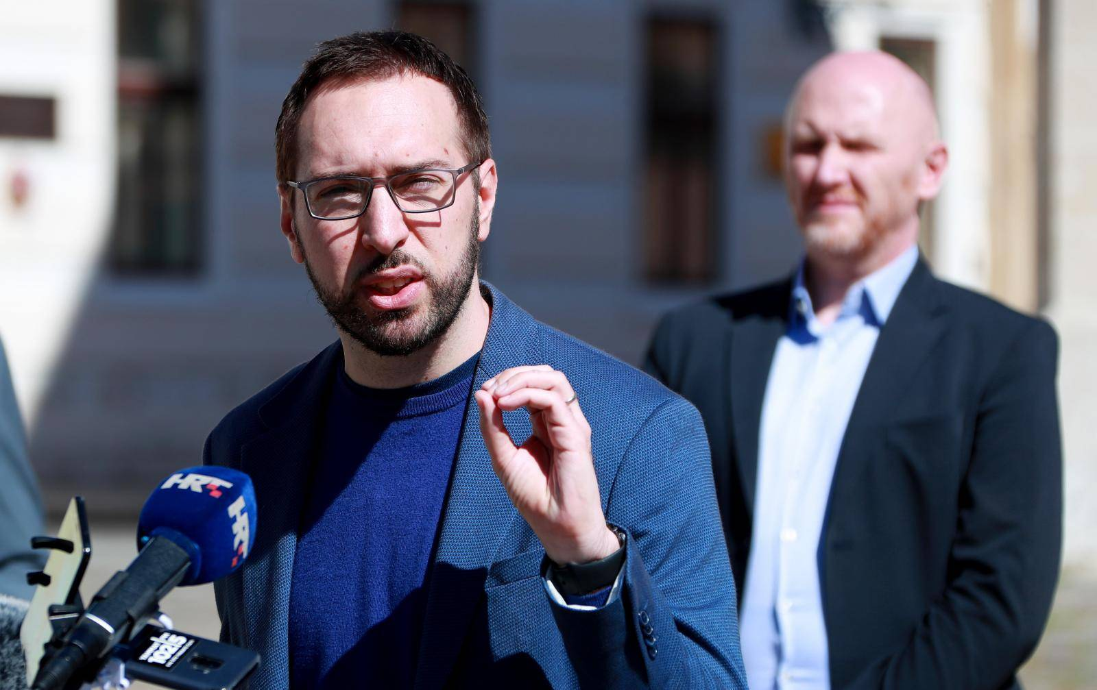 Tomislav Tomasevic Zagreb Je U Rusevinama A Plenkovic Stavlja Interese Hdz A Ispred Obnove 24sata