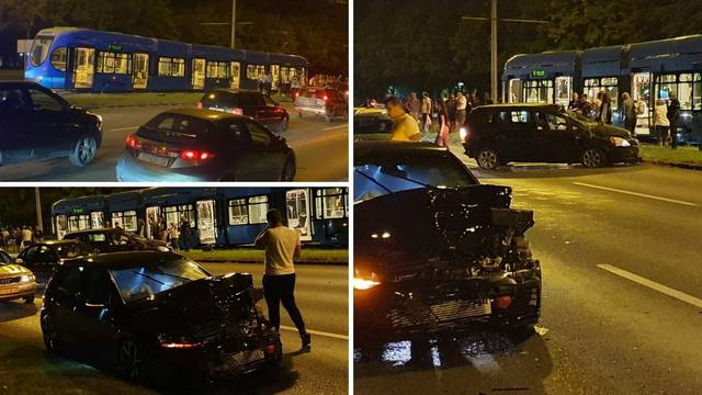 VIDEO Krš i lom u Zagrebu: Auto se odbio od rubnika u tramvaj