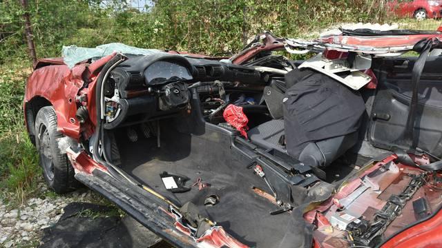 Uznemirujuće: Ovako izgledaju auti iz nesreće kod Maslenice