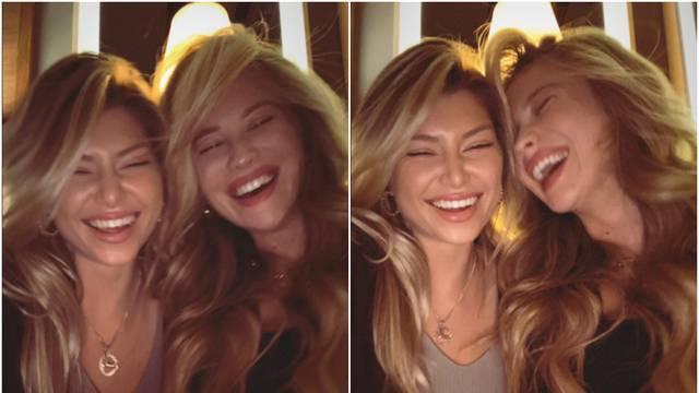 Izabel i djevojka Tina Jedvaja zajedno pozirale: Kao blizanke