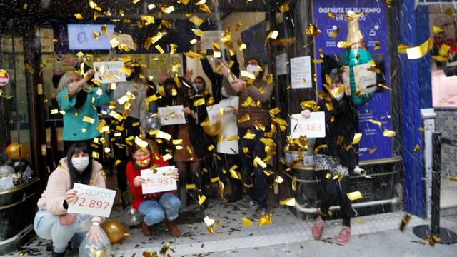 Španjolci oduševljeni: Izvučeni dobitnici najveće božićne lutrije