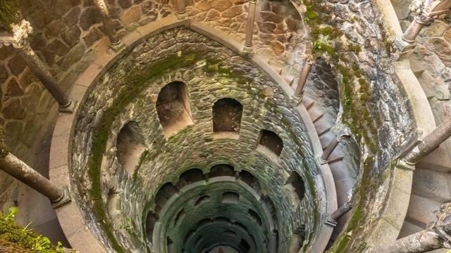 Misteriozni 'obrnuti toranj' dio je mita o inicijaciji Templara