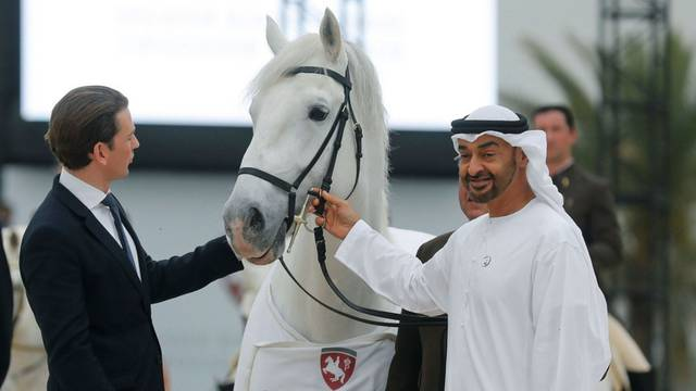 Jedan od najbogatijih ljudi na svijetu, prijestolonasljednik Abu Dhabija posjestio Kurza  u Beču