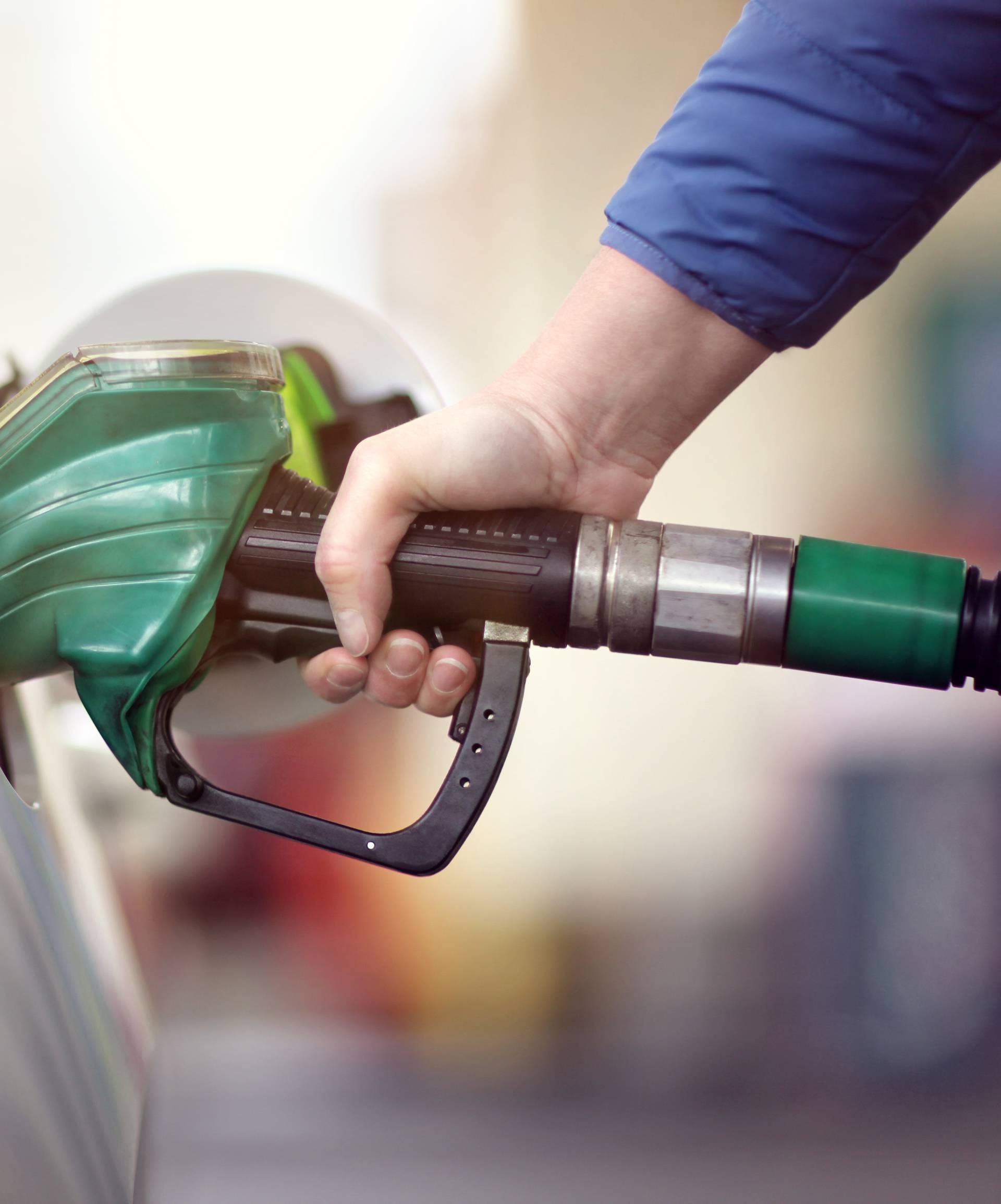 Tko traži jeftinije gorivo na putu s mora, imat će za dvije kave