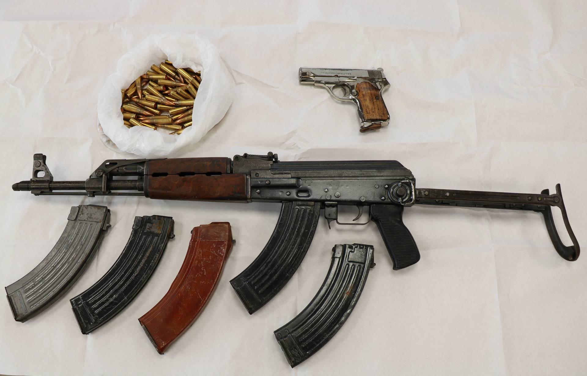 Lijepa naša naoružana: Hrvati su u 13 godina predali 5227 komada autmatskog oružja