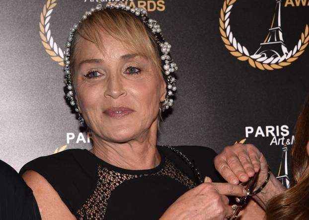 """Projection du documentaire """"An Undeniable Voice"""" produit par Sharon Stone lors du """" Paris Art and Movie Awards, PAMA"""" au Grand Rex à Paris"""