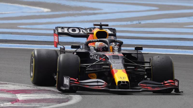 Verstappen pretekao Hamiltona dva kruga do kraja i slavio!