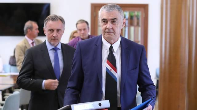 Zagreb: Željko Glasnović predao listu za parlamentarne izbore