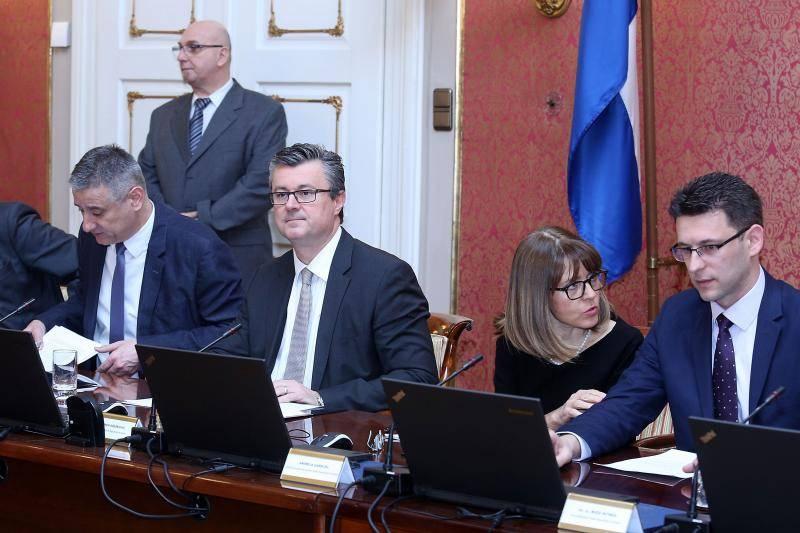 Amandman Mosta nije prošao: Strankama ostaje 15 mil. kuna
