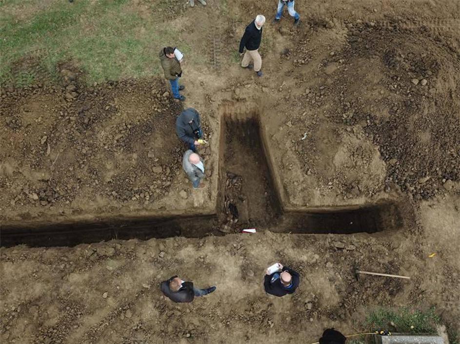 U grobnici kraj Vukovara našli posmrtne ostatke četvero ljudi