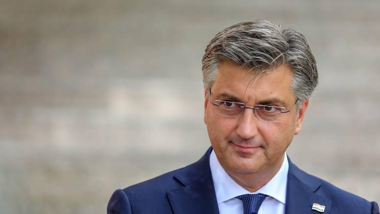 Plenković o prosvjedima: 'Covid potvrdama ne prisiljava se na cijepljenje, u čemu je problem?'