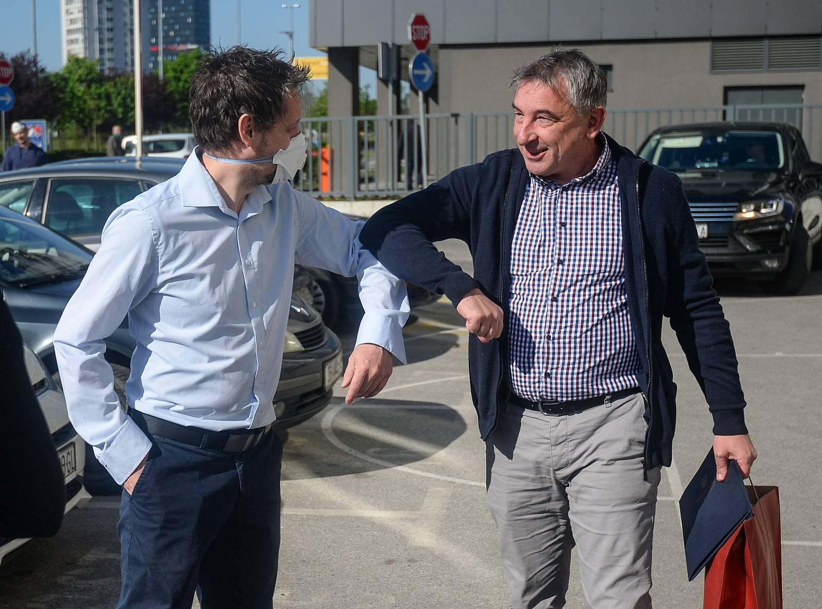 Zagreb: Ministar Štromar posjetio inženjere koji rade na provjeri statike i procjeni štete od potresa