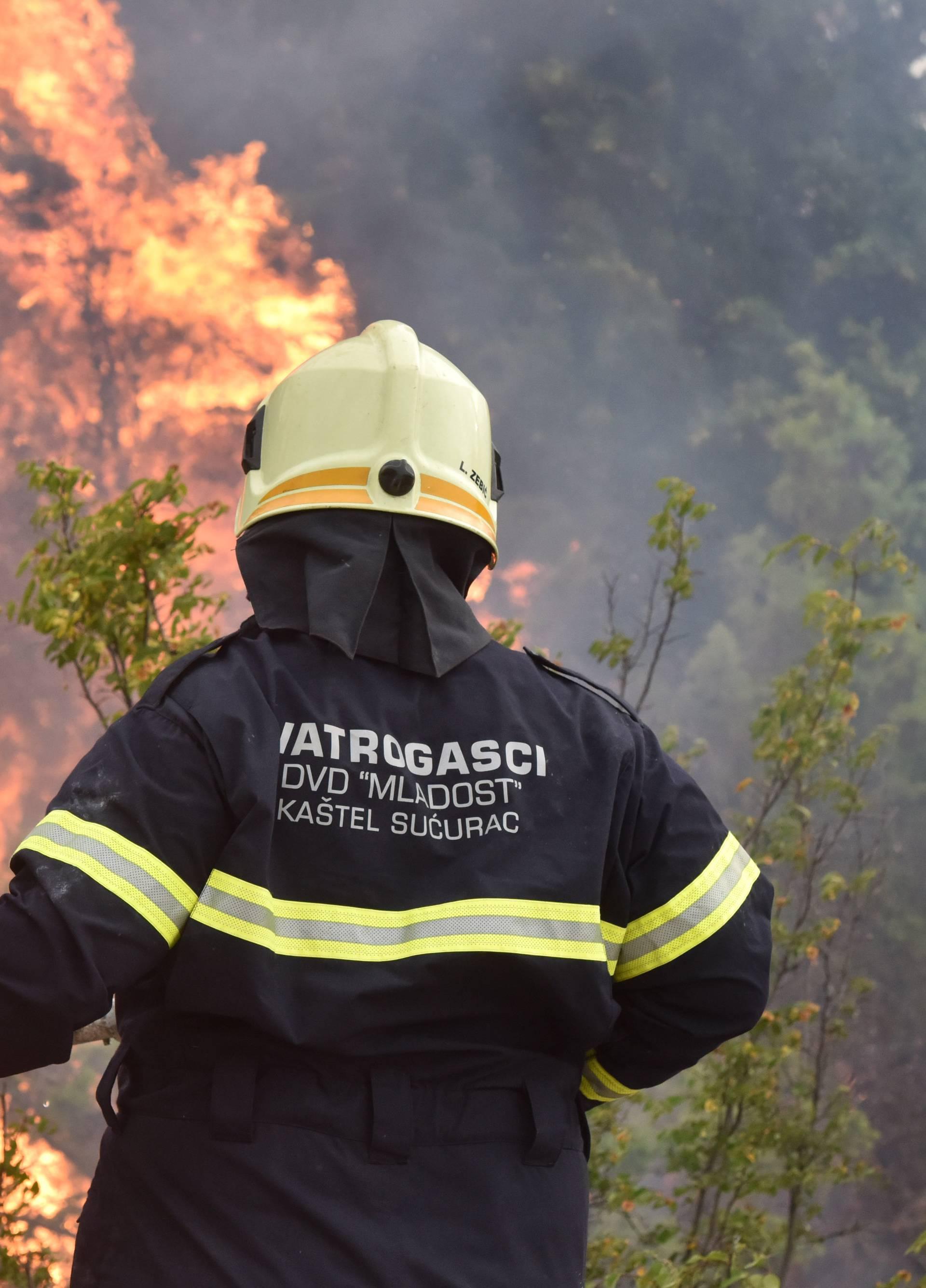 Kod naselja Mihaljeviæi tijekom jutra ponovno buknuo požar