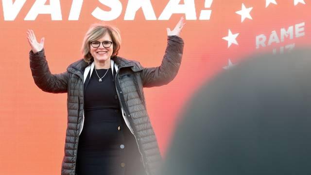 Varaždin: Predizborni skup SDP-a na Kazališnom trgu
