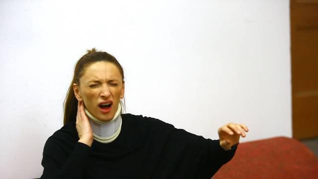 Glumica s ovratnikom optužila je redatelja da je nepodnošljiv