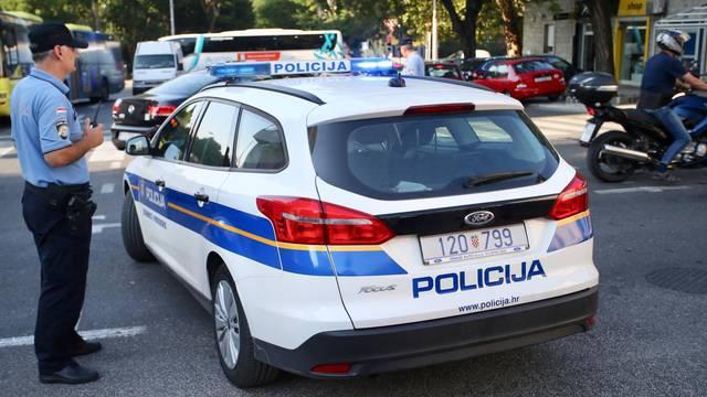 Split: Na izlazu iz gradske luke nastale velike guzve zbog kvara autobusa