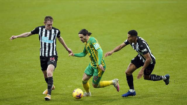 Newcastle United v West Bromwich Albion - Premier League - St James' Park