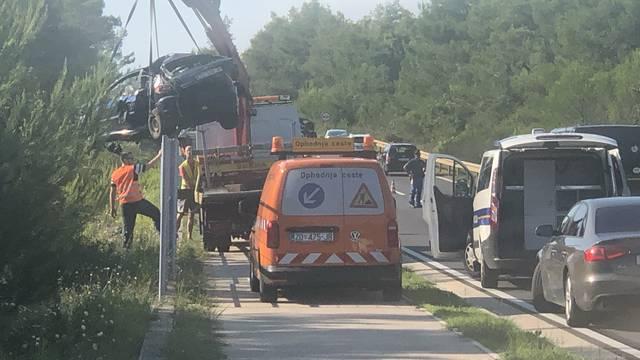 Prometna kod Zadra: Poginuo mladić (23), dvoje ozlijeđenih