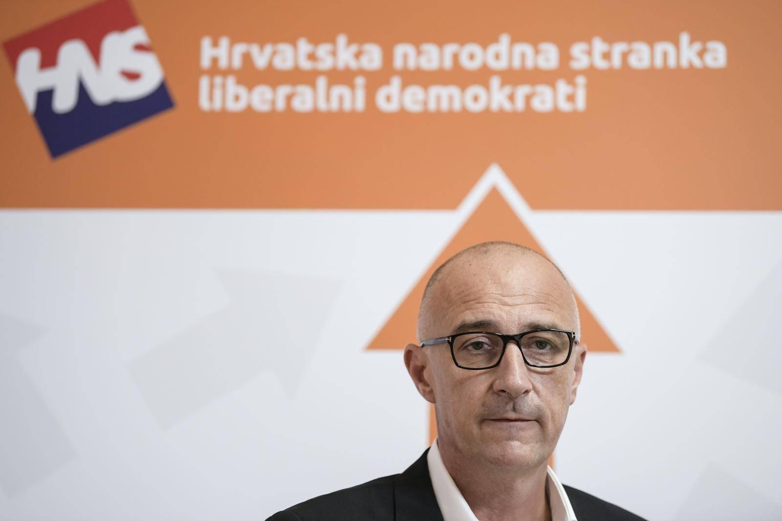 Zagreb: Predsjednik HNS-a, Ivan Vrdoljak, o odlasku Matije Posavca