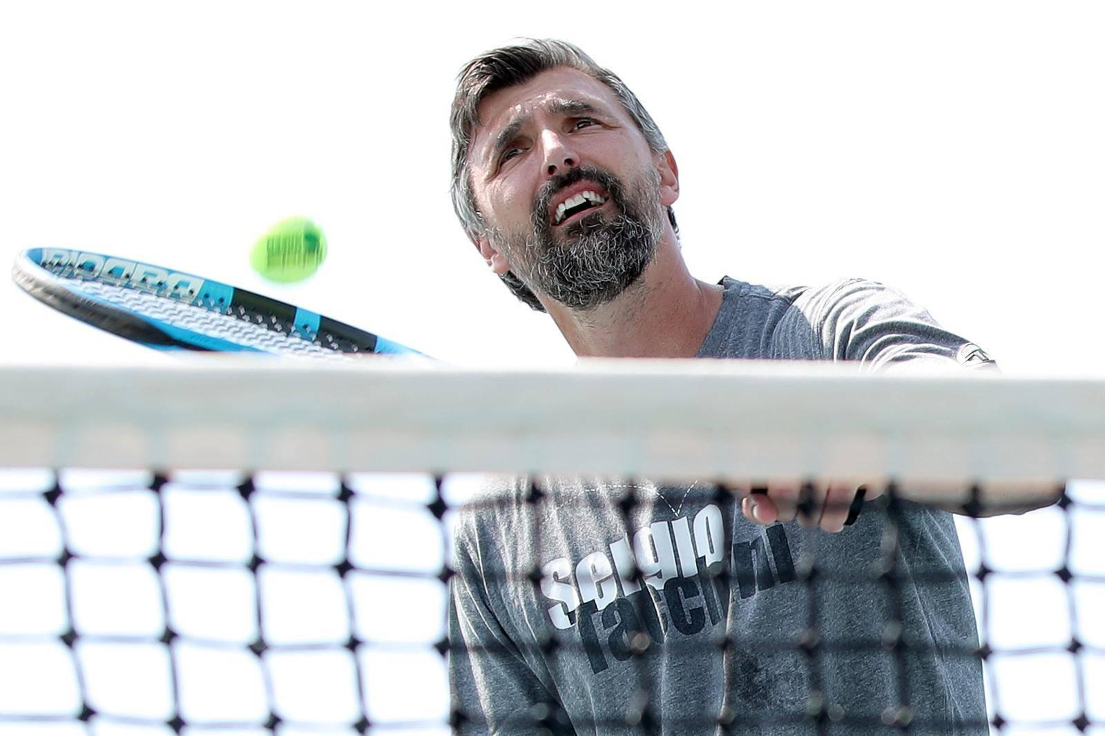 Umag: Goran Ivanišević zaigrao tenis s klincima na Kids weeku by VAT and Babolat