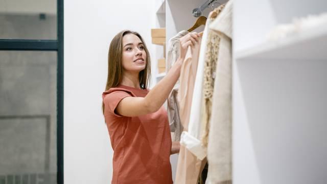 Zaviri u ormar: Što boje u tvojoj garderobi otkrivaju o karakteru