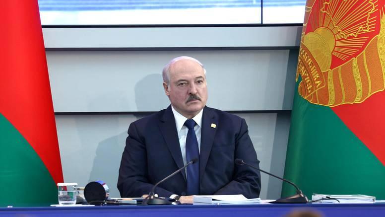Lukašenko poslao ratni avion na Ryanairov let i prisilio ga da sleti kako bi uhitili blogera