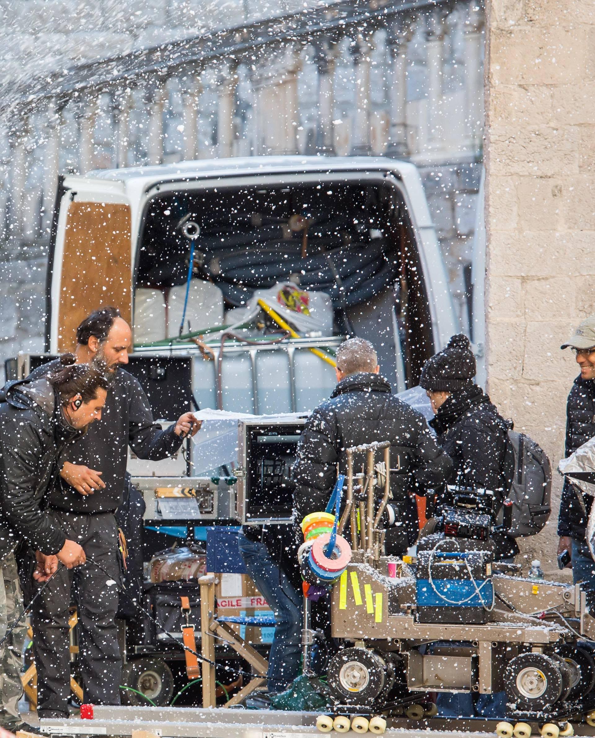 'Igra prijestolja' Dubrovčanima donijela snijeg i zatvorene ulice