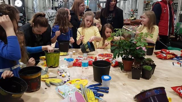 Pevecove vrtlarske radionice razveselile mališane u Čakovcu