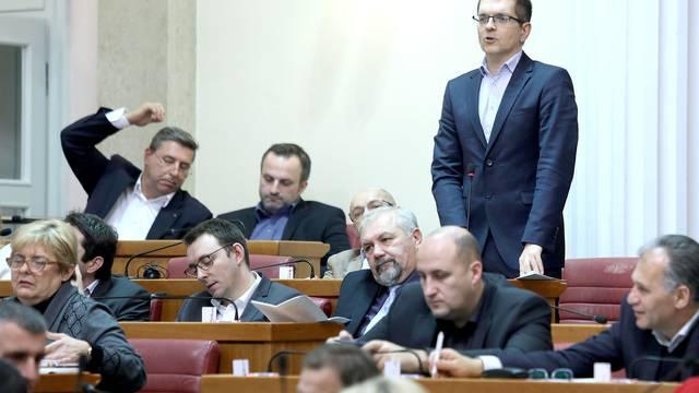 Zagreb: Zastupnici stankama odgađaju glasovanje
