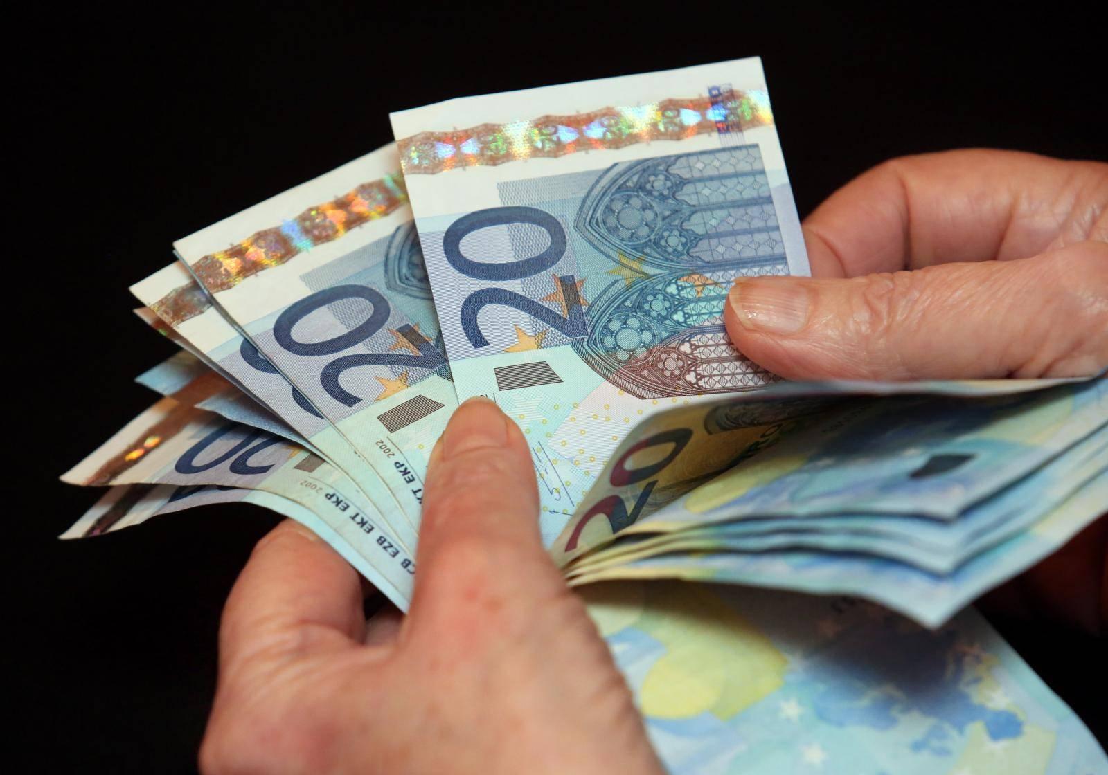 Pošteni prolaznik vratio ruksak sa 16.000 eura: Odbio nagradu!