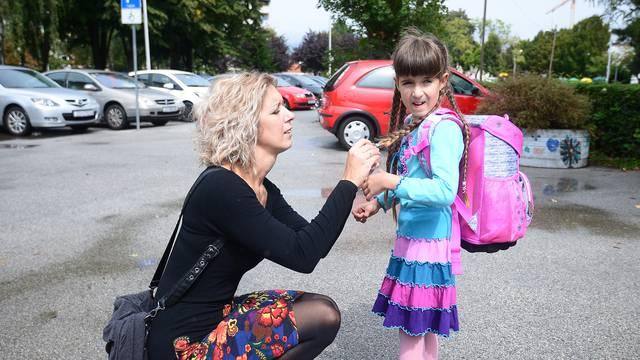'Uništili su joj prvi dan škole, a krivicu žele prebaciti na mene'