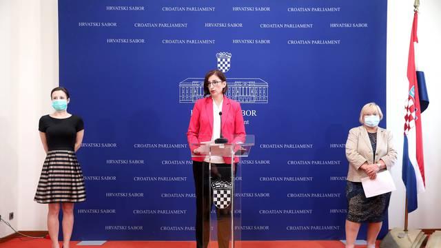 Zagreb: Konfrencija za medije Kluba zastupnika Stranke s Imenom i Prezimenom, Pametnog i GLAS-a
