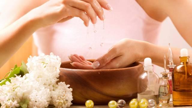 Mirisno i prirodno:  Napravite sami domaći shea maslac za tijelo obogaćen eteričnim uljima